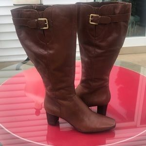 Bandolono brown leather boots new with out box